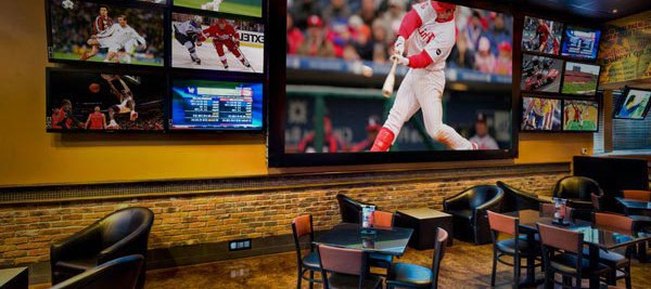 sports-bar-screen